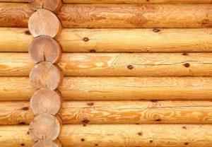 Деревянные стены.