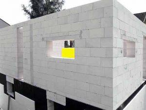 Стены из блоков.