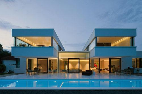 Из каких материалов строят современные дома?