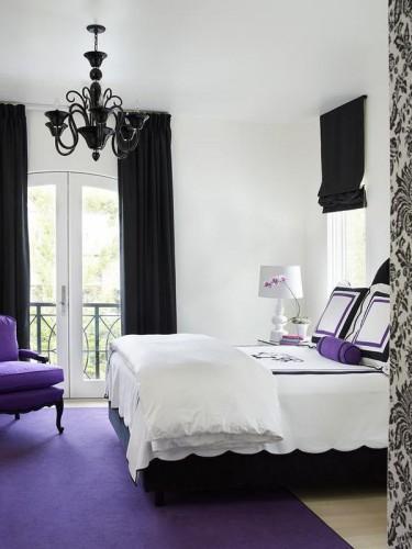 пурпурно-черная спальня