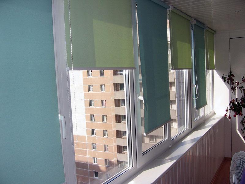 Жалюзи рулонные на балкон