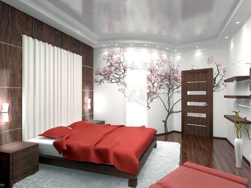 Шторы в спальне. Стены спальни покрыты вагонеткой, окрашены в белый цвет.