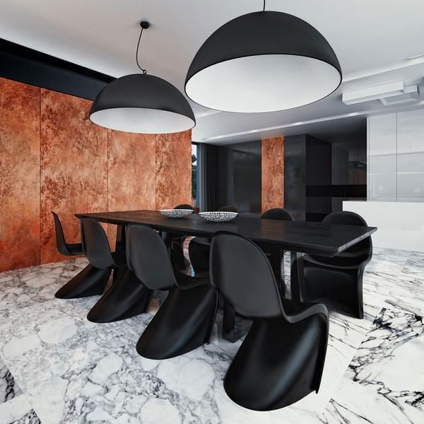 Современный дизайн столовой, белый мраморный пол, плитка, черный деревянный стол, черный большей подвесной светильник.