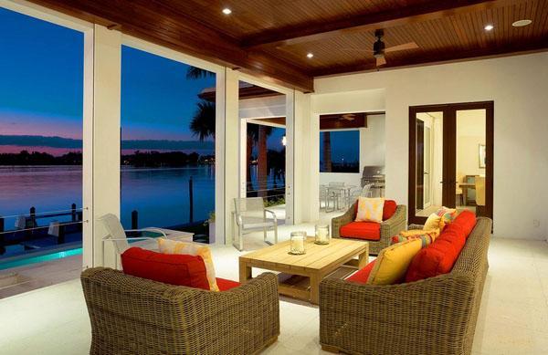Идеи lanai, деревянный потолок, напольный фонарь, фурнитура.