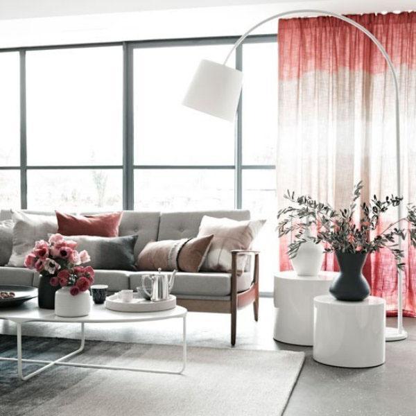 Выберите правильные шторы для гостиной розовый
