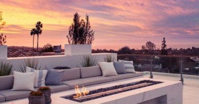 Современные идеи для наружного камина – привлекаем внимание в ландшафте внутреннего дворика.