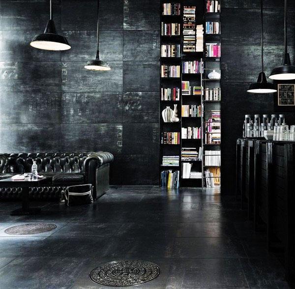 Черная гостиная идеи этаж стены черный кожаный диван.
