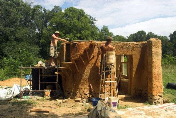 Как строить дом из глины.