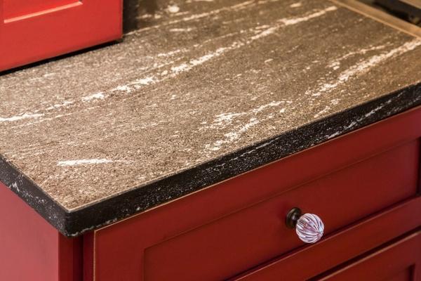 красивые кухонные столешницы выветренного гранита современная кухонная отделка