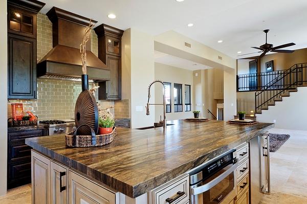 выдержанные гранитные кухонные столешницы кухонные конструкции белые кухни