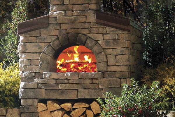 Открытая кухня для пиццы.