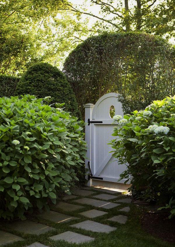 Идеальные садовые ворота фото