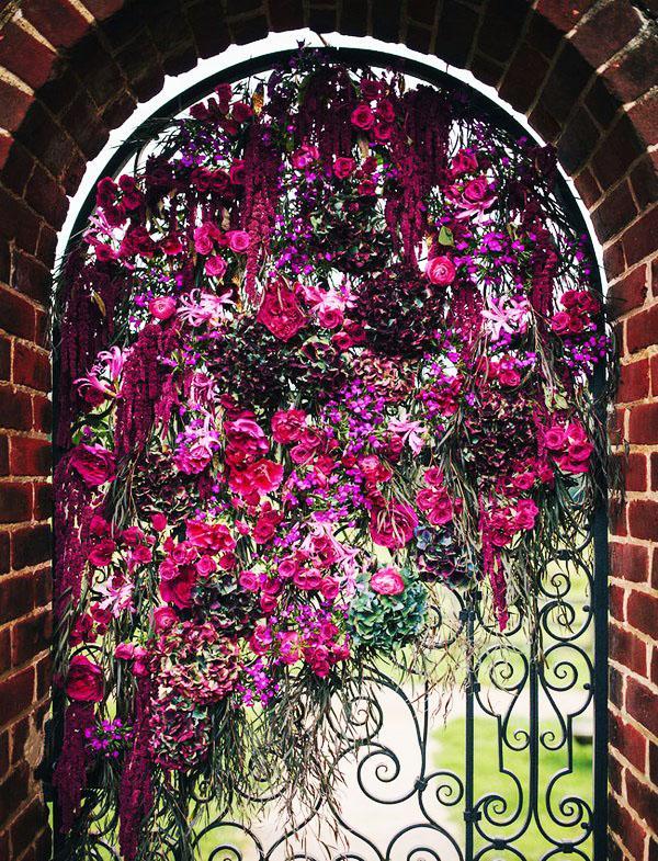 Цветочные садовые ворота фото