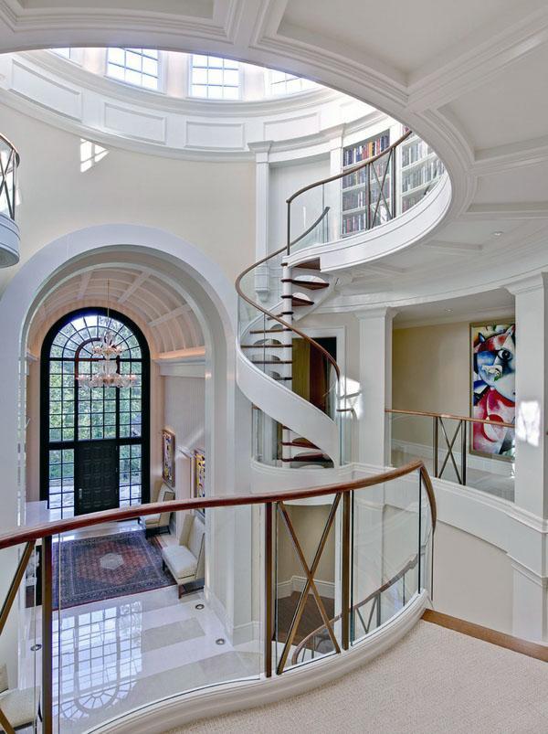 Идеи для компактных винтовых лестниц.