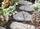 Каменный лист для садовой дорожки своими руками.