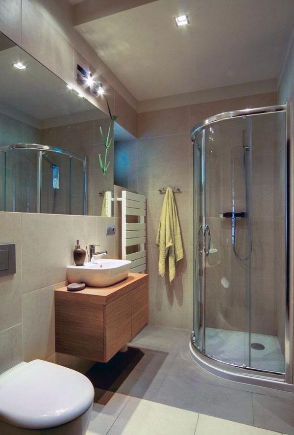 маленькая ванная комната с открытым душем