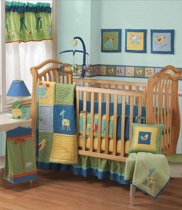 Очаровательный декор кроватки