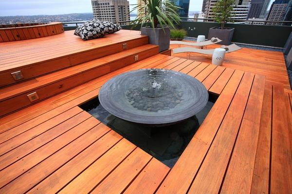 Великолепный фонтан для террасы на крыше.