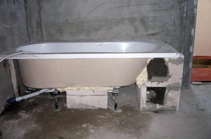 Монтаж акриловой ванной