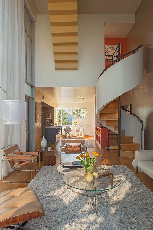 Интерьер трехэтажного загородного дома во Флориде5