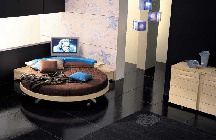 Потрясающий дизайн спальни с круглой кроватью (11)