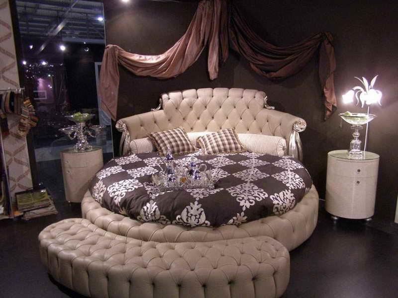 Потрясающий дизайн спальни с круглой кроватью (22)