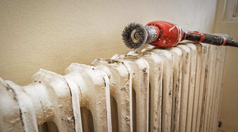 Можно ли красить трубы отопления «на горячую»: делюсь своими лайфхаками и какую краску выбрать, чтобы она не вспучилась от температуры