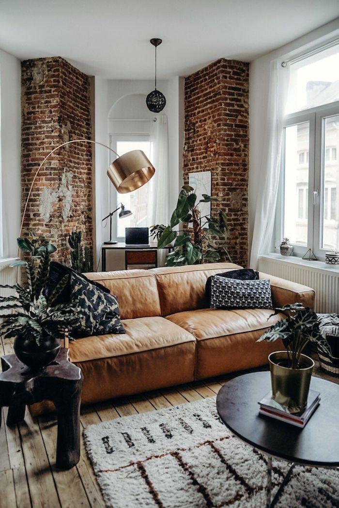 20 Стильных кожаных диванов в интерьере. Все за и против