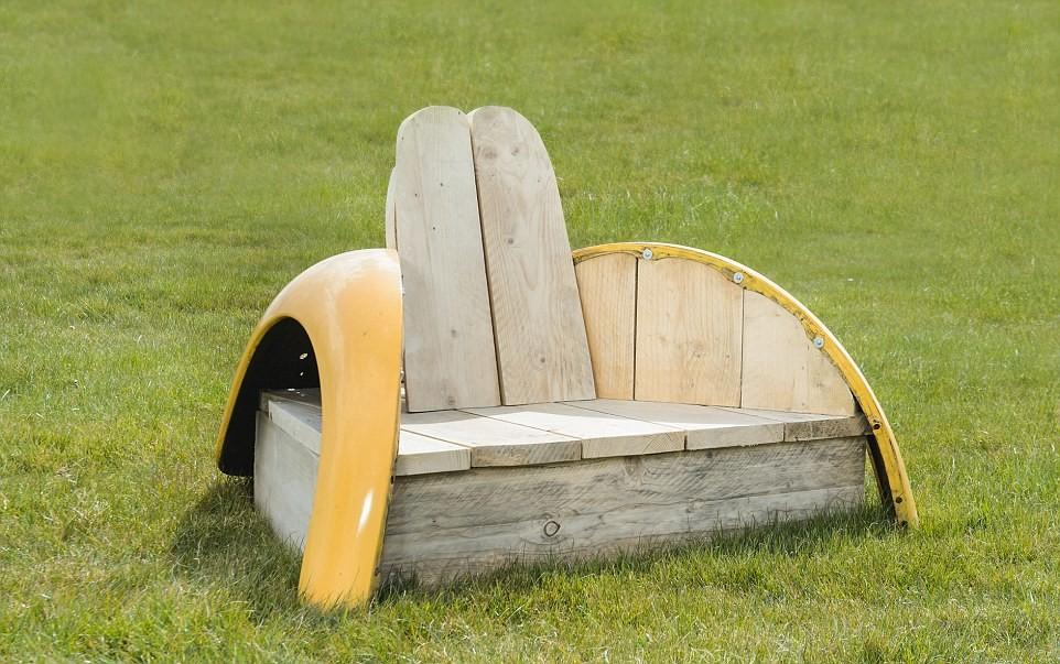 Дизайнерская мебель из старого «Жука»