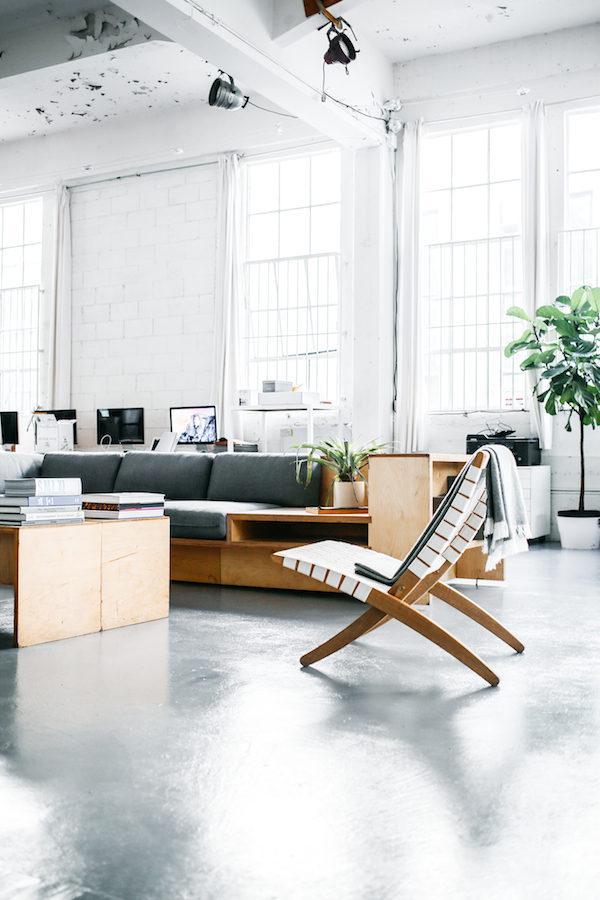Угловой диван из фанеры