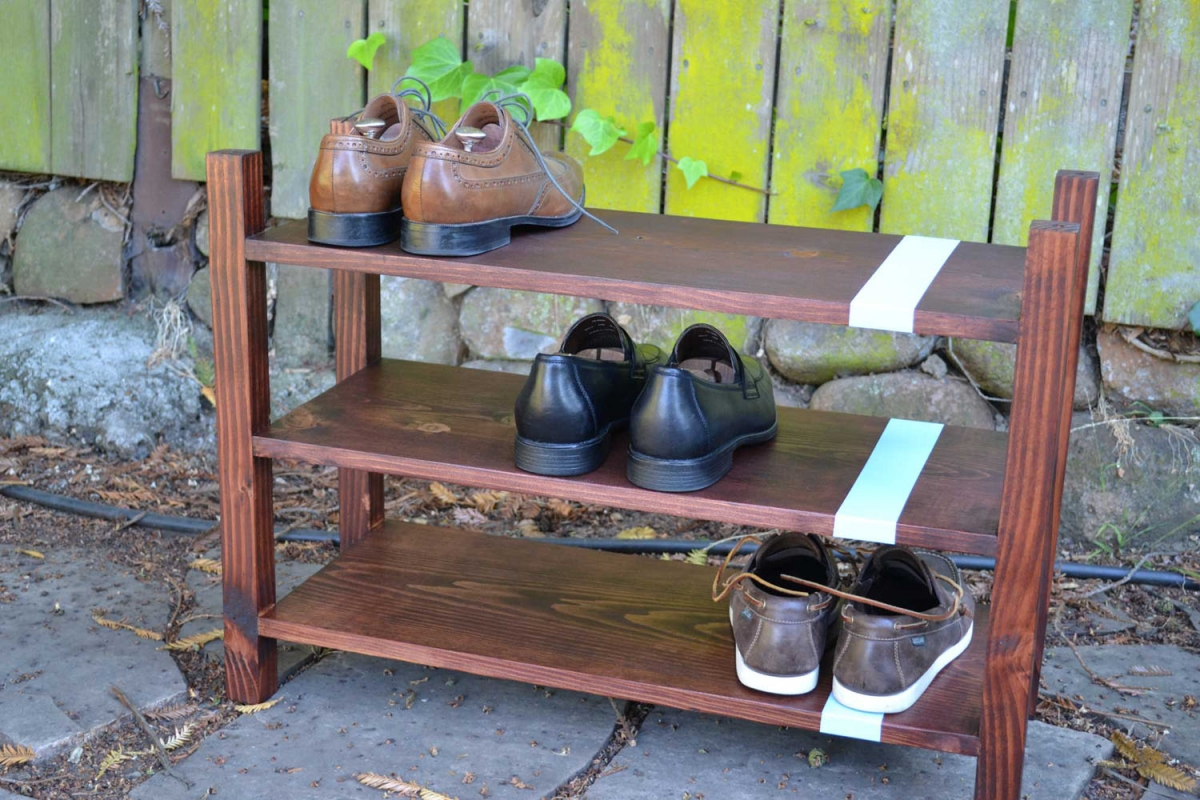 Своими руками из дерева тумба для обуви
