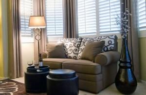 Дизайн гостиной комнаты 20 фото dizajn-malenkogo-zala-14
