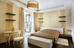 Балкон в спальне balkon-v-spalne-35