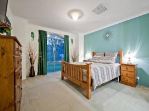 Балкон в спальне balkon-v-spalne-36