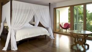 Балкон в спальне balkon-v-spalne-37