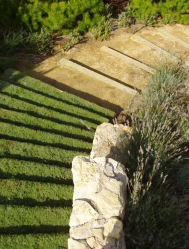 Дизайн садовой дорожки dei-dizajna-sadovix-dorojek-iz-kamnja-16
