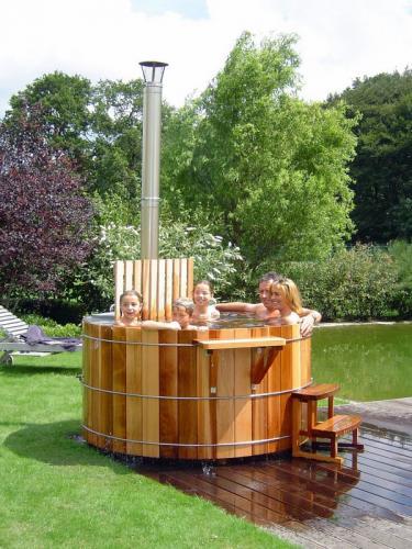 Наружные ванны дровяные патио