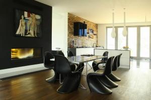 dizajn-chernoj-stolovoj-39