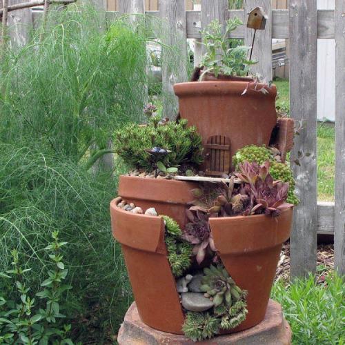 Миниатюрный сад в горшках