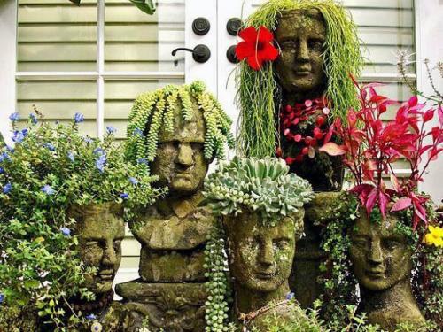 Смешные фигуры с цветами