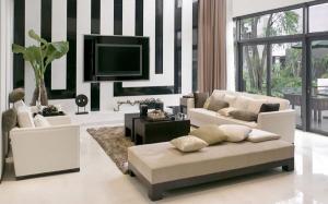 Малые квартиры мебель для гостиной идеи черный диван белый журнальный столик белые полки