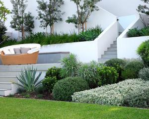 Современные садовые ландшафты многоуровневые бетонные стены