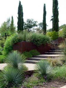 Творческий сад ландшафтный дизайн каменные стены