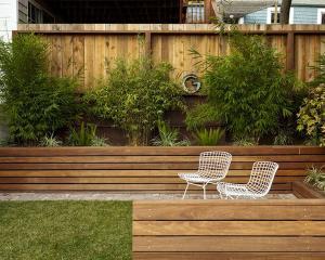 Современные садовые стены бетонные плиты