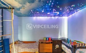 Звездное небо, на потолке в детской