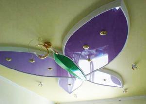 Светильник в форме бабочки в детскую
