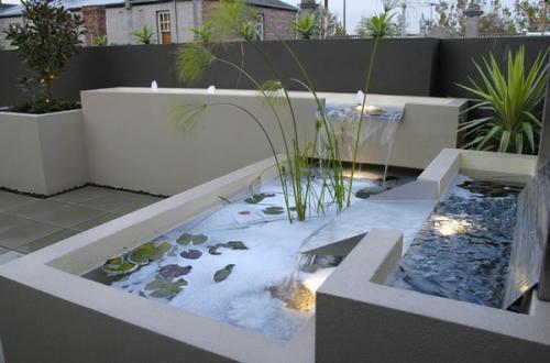 Прекрасные идеи для  украшения сада
