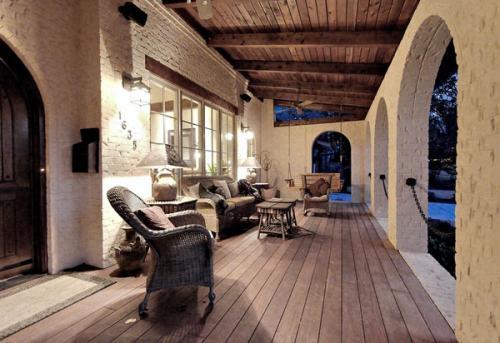 Сельский дизайн внутреннего дворика наружные настенные бра с деревянной палубой