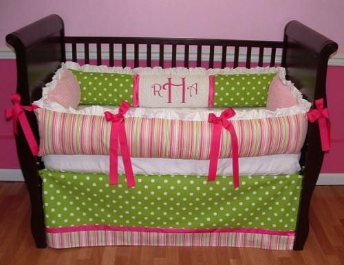 фантастическая мебель для детской комнаты круглая кроватка