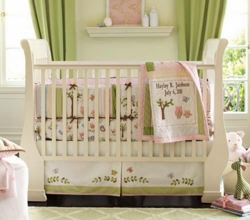 красочный зеленый розовый белый деревянный